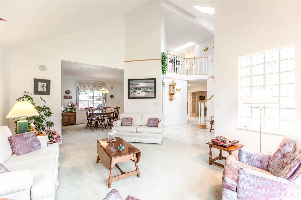 Photo 20: Photos: 1521 REGAN Avenue in Coquitlam: Central Coquitlam House for sale : MLS®# R2087290
