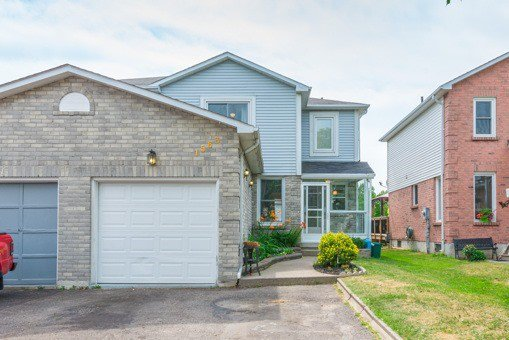 Main Photo: 1563 Connery Crest in Oshawa: Lakeview House (2-Storey) for sale : MLS®# E3559112