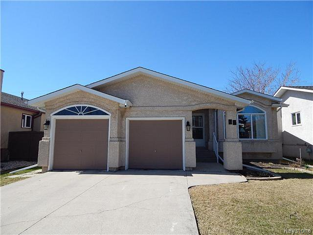 Main Photo: 75 St Hilaire Place in Winnipeg: Southdale Residential for sale (2H)  : MLS®# 1708589