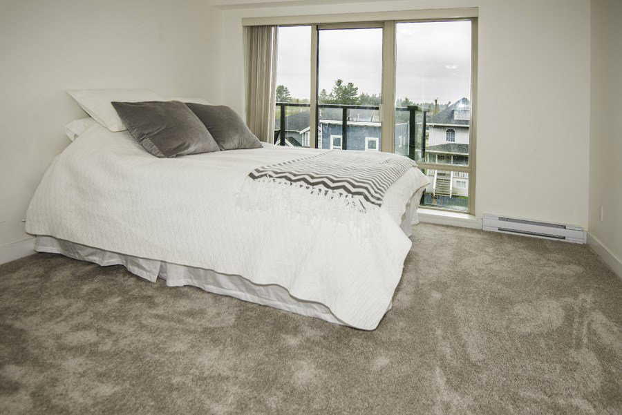 """Photo 9: Photos: 328 4550 FRASER Street in Vancouver: Fraser VE Condo for sale in """"CENTURY"""" (Vancouver East)  : MLS®# R2156771"""