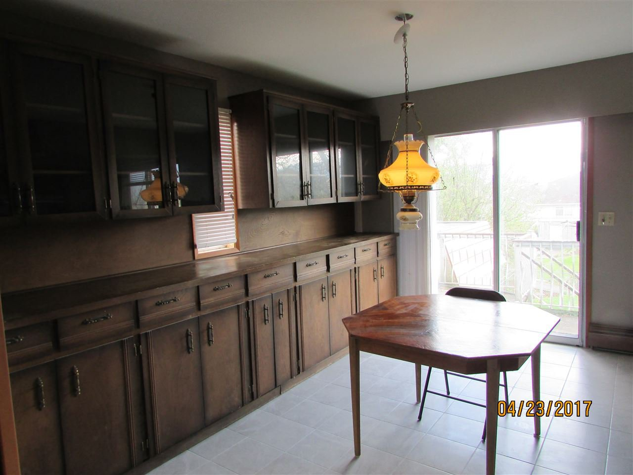 Photo 9: Photos: 7220 EVANS Road in Sardis: Sardis West Vedder Rd House for sale : MLS®# R2160379
