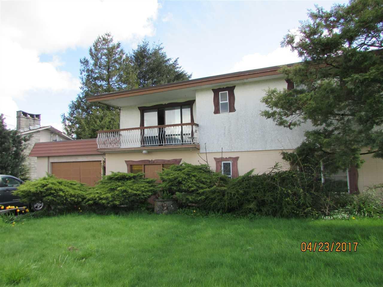 Photo 1: Photos: 7220 EVANS Road in Sardis: Sardis West Vedder Rd House for sale : MLS®# R2160379