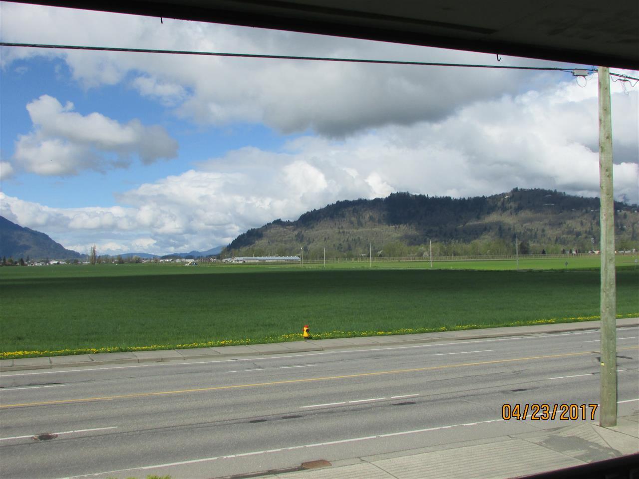 Photo 6: Photos: 7220 EVANS Road in Sardis: Sardis West Vedder Rd House for sale : MLS®# R2160379