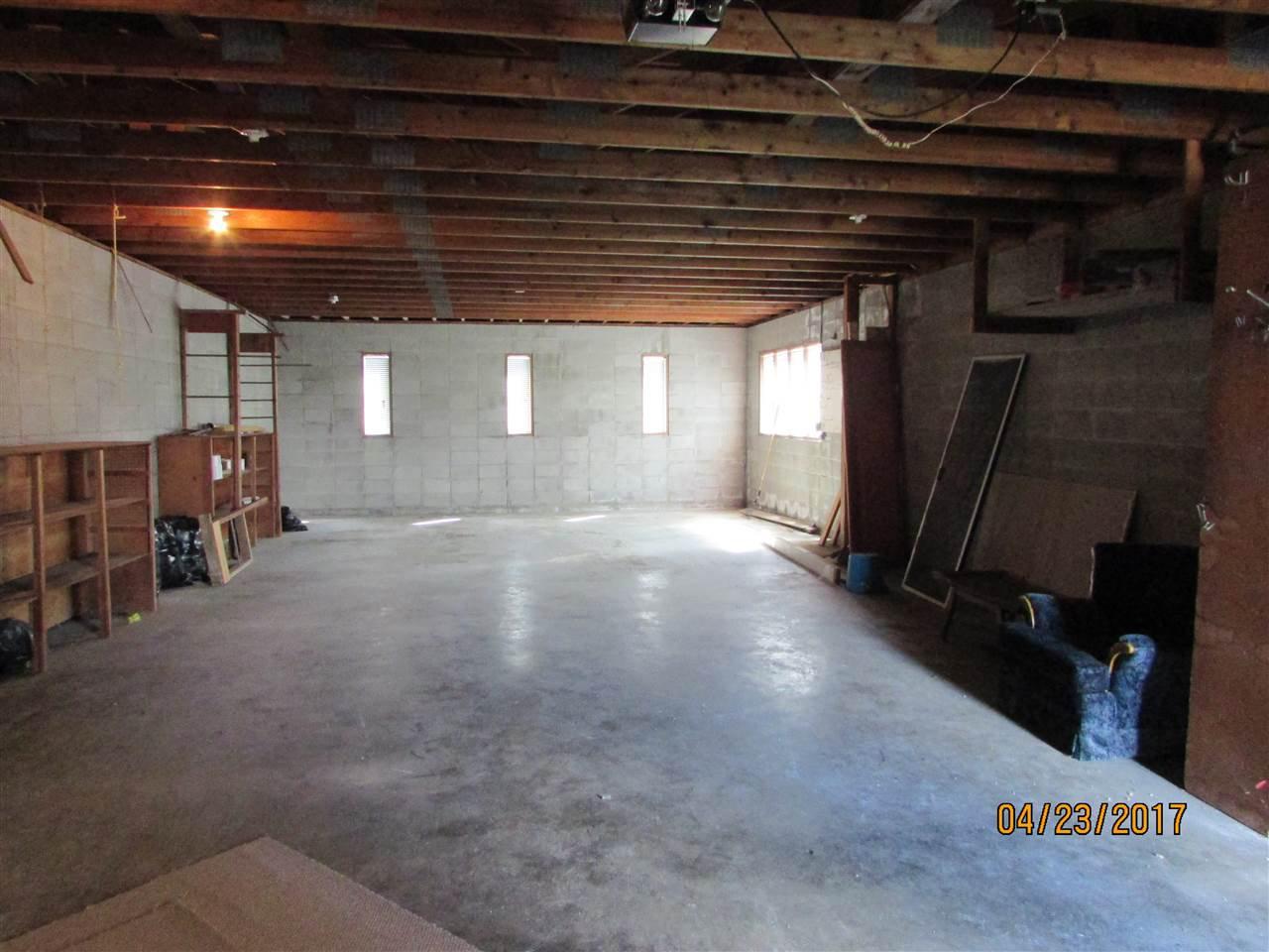 Photo 7: Photos: 7220 EVANS Road in Sardis: Sardis West Vedder Rd House for sale : MLS®# R2160379