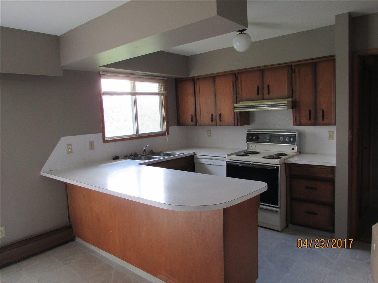 Photo 8: Photos: 7220 EVANS Road in Sardis: Sardis West Vedder Rd House for sale : MLS®# R2160379