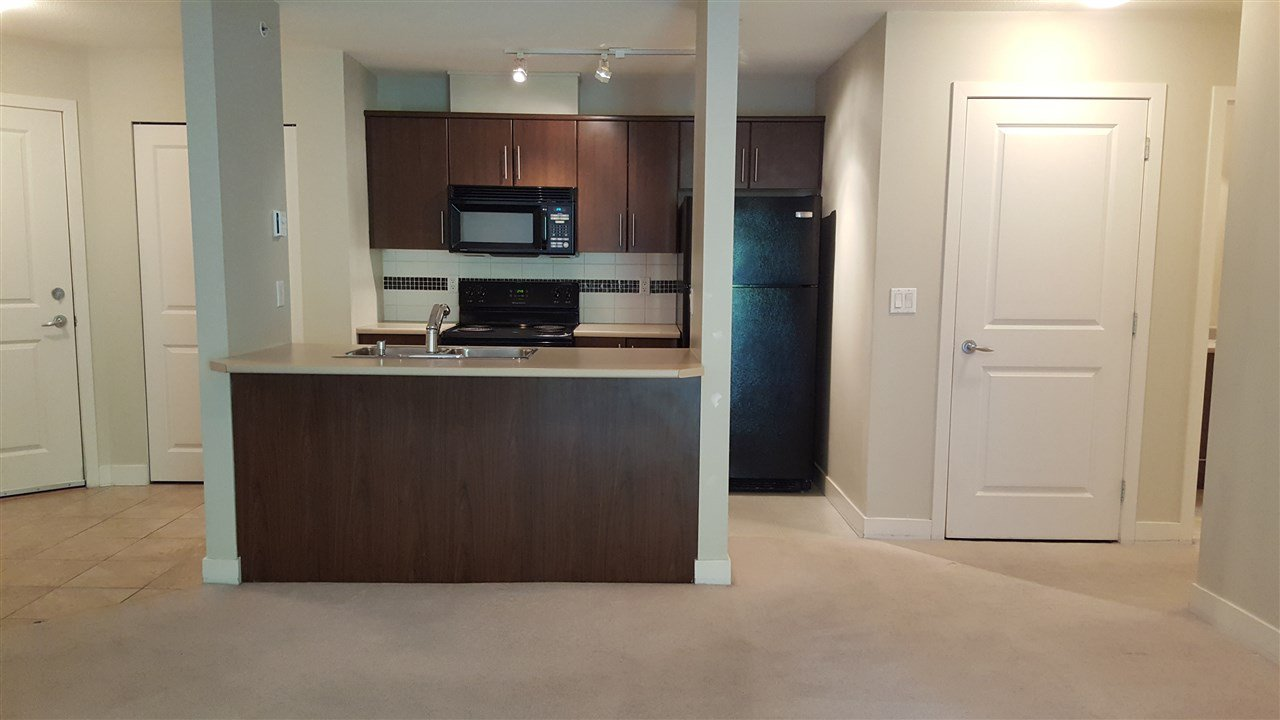 """Photo 3: Photos: 422 12248 224 Street in Maple Ridge: East Central Condo for sale in """"URBANO"""" : MLS®# R2177531"""