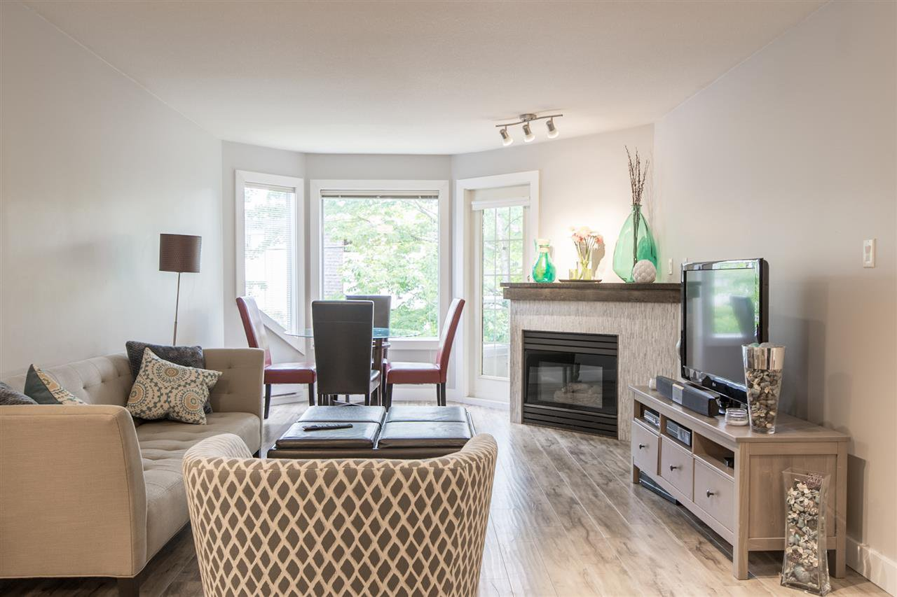 Main Photo: 201 558 ROCHESTER Avenue in Coquitlam: Coquitlam West Condo for sale : MLS®# R2179518