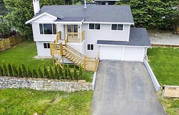 Main Photo: 33383 13 Avenue in Mission: Mission BC House for sale : MLS®# R2069986