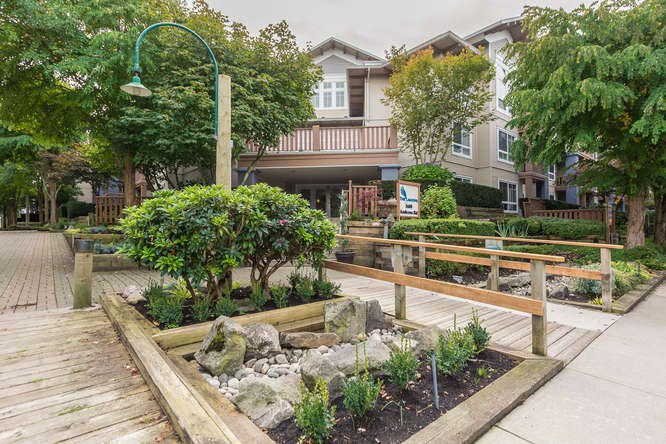 "Main Photo: 305 5600 ANDREWS Road in Richmond: Steveston South Condo for sale in ""THE LAGOONS"" : MLS®# R2209894"