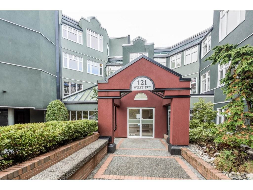 "Main Photo: 202 121 WEST 29TH Street in North Vancouver: Upper Lonsdale Condo for sale in ""SOMERSET GREEN"" : MLS®# R2215299"