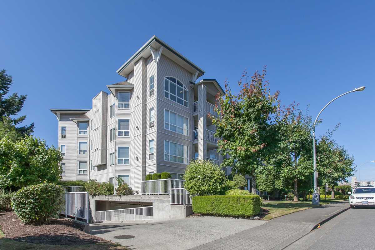 "Main Photo: 304 32120 MT. WADDINGTON Avenue in Abbotsford: Abbotsford West Condo for sale in ""The Laurelwood"" : MLS®# R2228926"