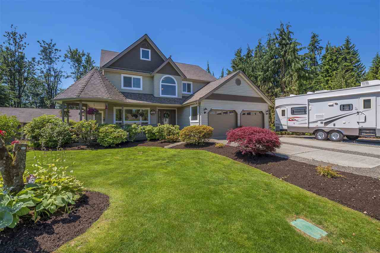 """Main Photo: 8879 NEALE Drive in Mission: Mission BC House for sale in """"NEALE DRIVE ESTATES"""" : MLS®# R2281513"""