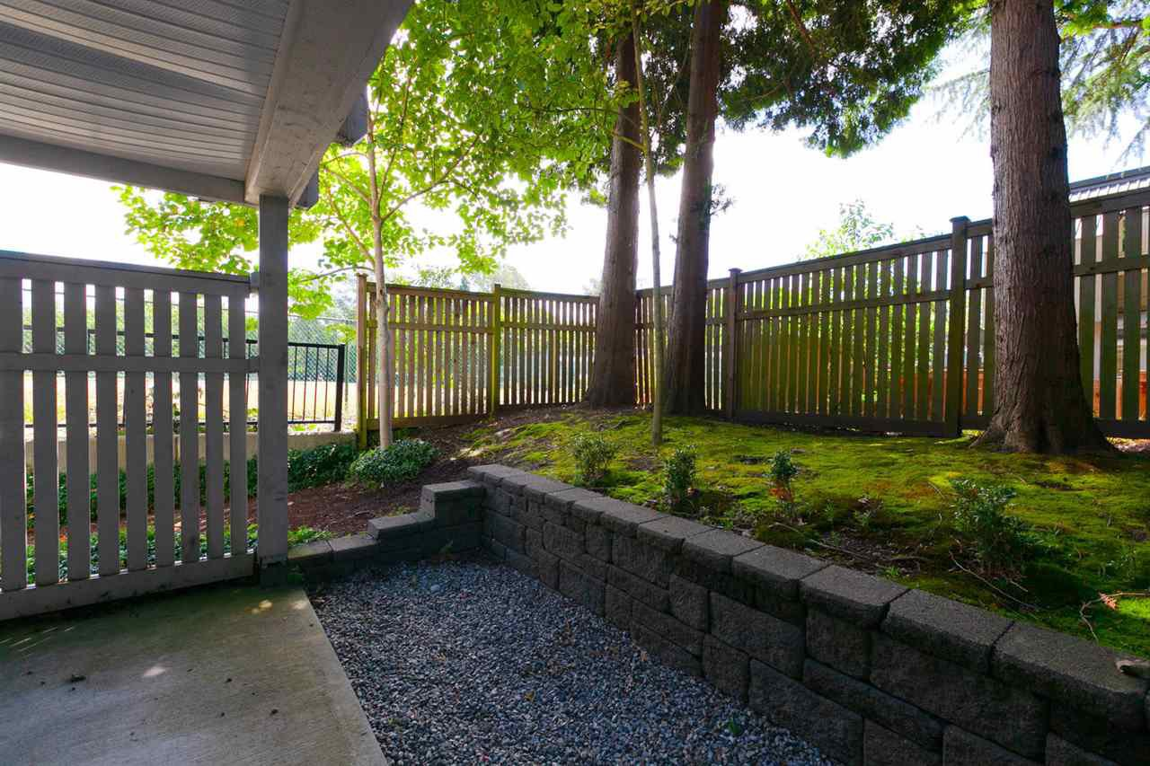 """Photo 15: Photos: 3298 CLERMONT Mews in Vancouver: Champlain Heights Townhouse for sale in """"BORDEAUX AT CHAMPLAIN GARDENS"""" (Vancouver East)  : MLS®# R2283189"""