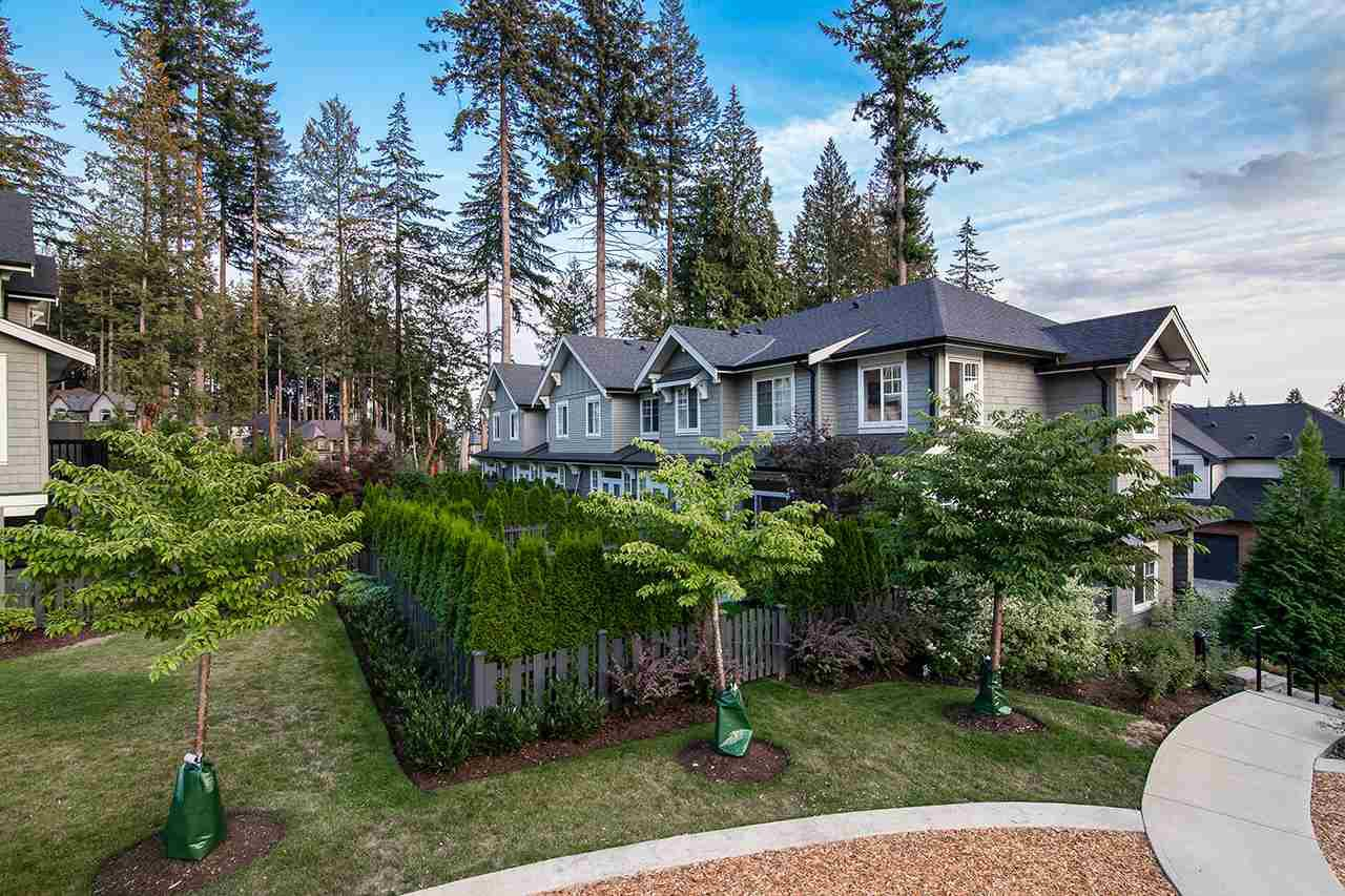 """Photo 2: Photos: 37 3461 PRINCETON Avenue in Coquitlam: Burke Mountain Townhouse for sale in """"BRIDLEWOOD"""" : MLS®# R2302518"""