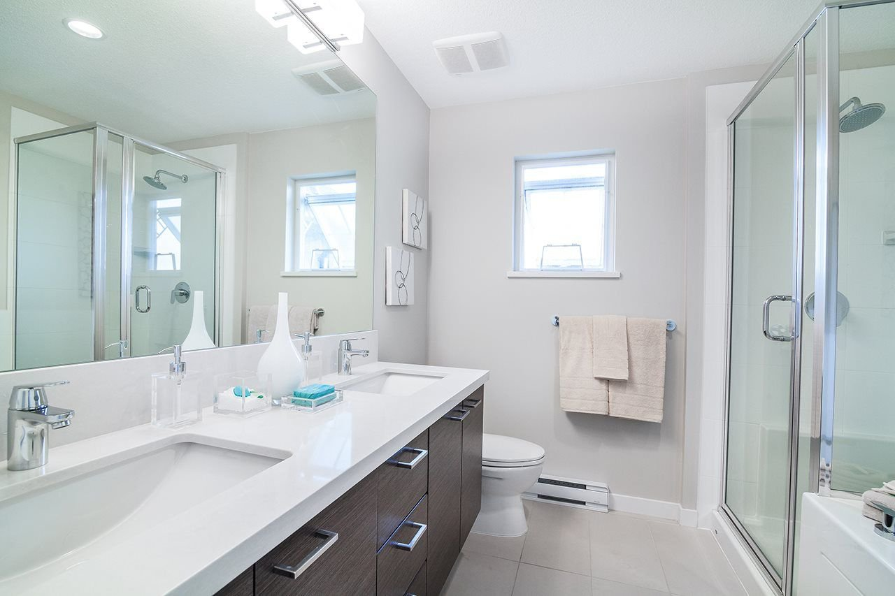 """Photo 14: Photos: 37 3461 PRINCETON Avenue in Coquitlam: Burke Mountain Townhouse for sale in """"BRIDLEWOOD"""" : MLS®# R2302518"""