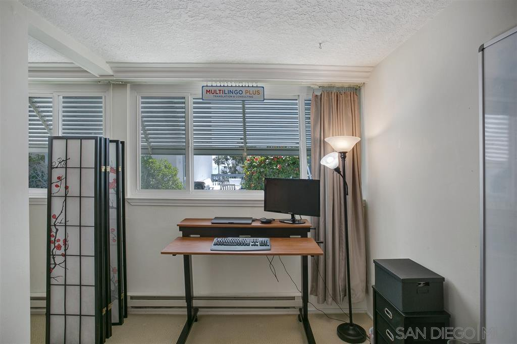 Photo 11: Photos: OUT OF AREA Condo for sale : 2 bedrooms : 245 Aster Steet #5 in Laguna Beach