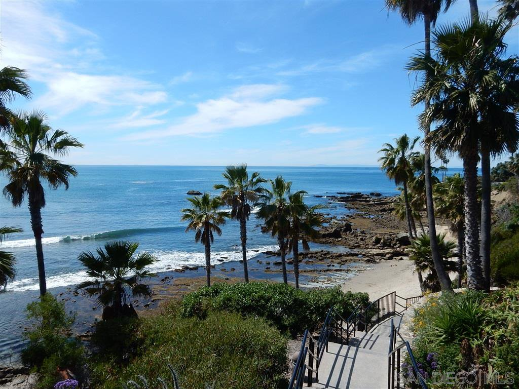 Photo 22: Photos: OUT OF AREA Condo for sale : 2 bedrooms : 245 Aster Steet #5 in Laguna Beach