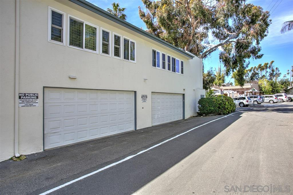 Photo 14: Photos: OUT OF AREA Condo for sale : 2 bedrooms : 245 Aster Steet #5 in Laguna Beach