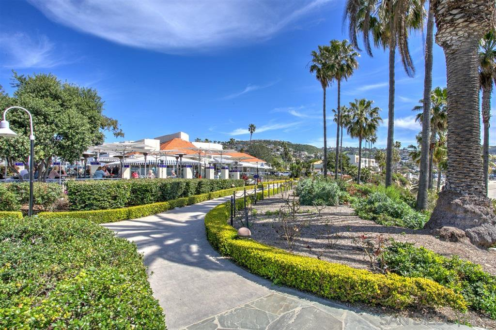 Photo 17: Photos: OUT OF AREA Condo for sale : 2 bedrooms : 245 Aster Steet #5 in Laguna Beach