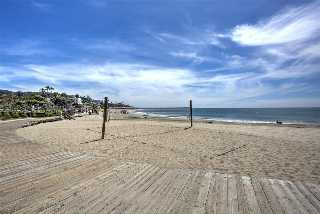 Photo 19: Photos: OUT OF AREA Condo for sale : 2 bedrooms : 245 Aster Steet #5 in Laguna Beach