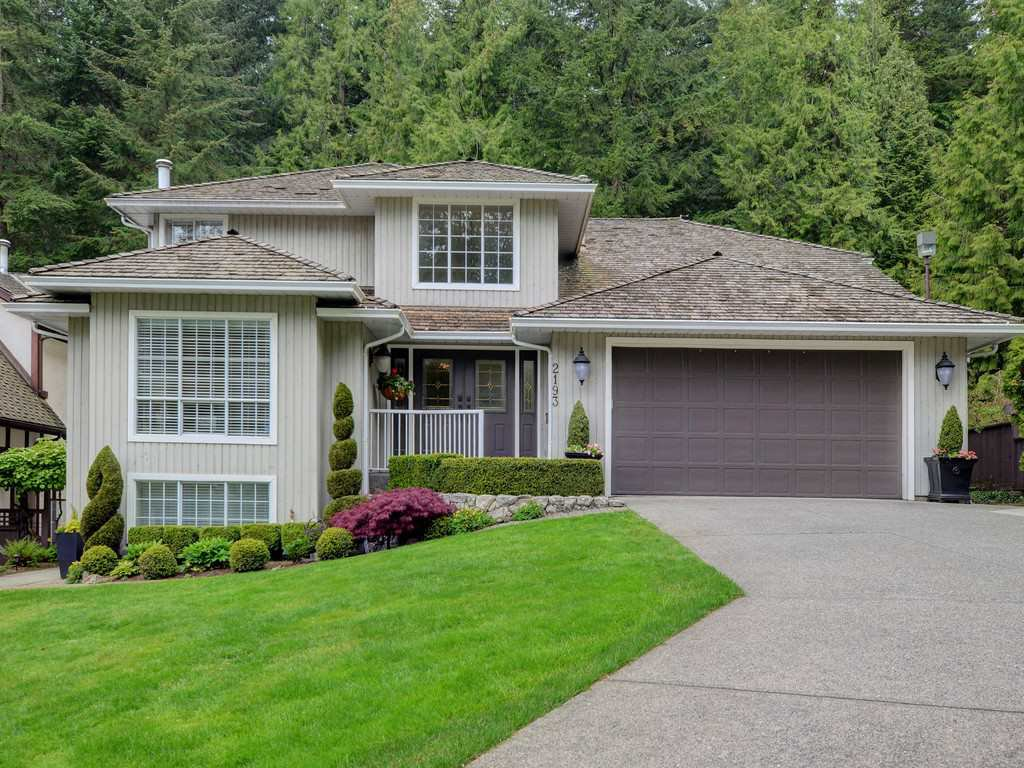 "Photo 1: Photos: 2193 HIXON Court in North Vancouver: Indian River House for sale in ""INDIAN RIVER"" : MLS®# R2360303"