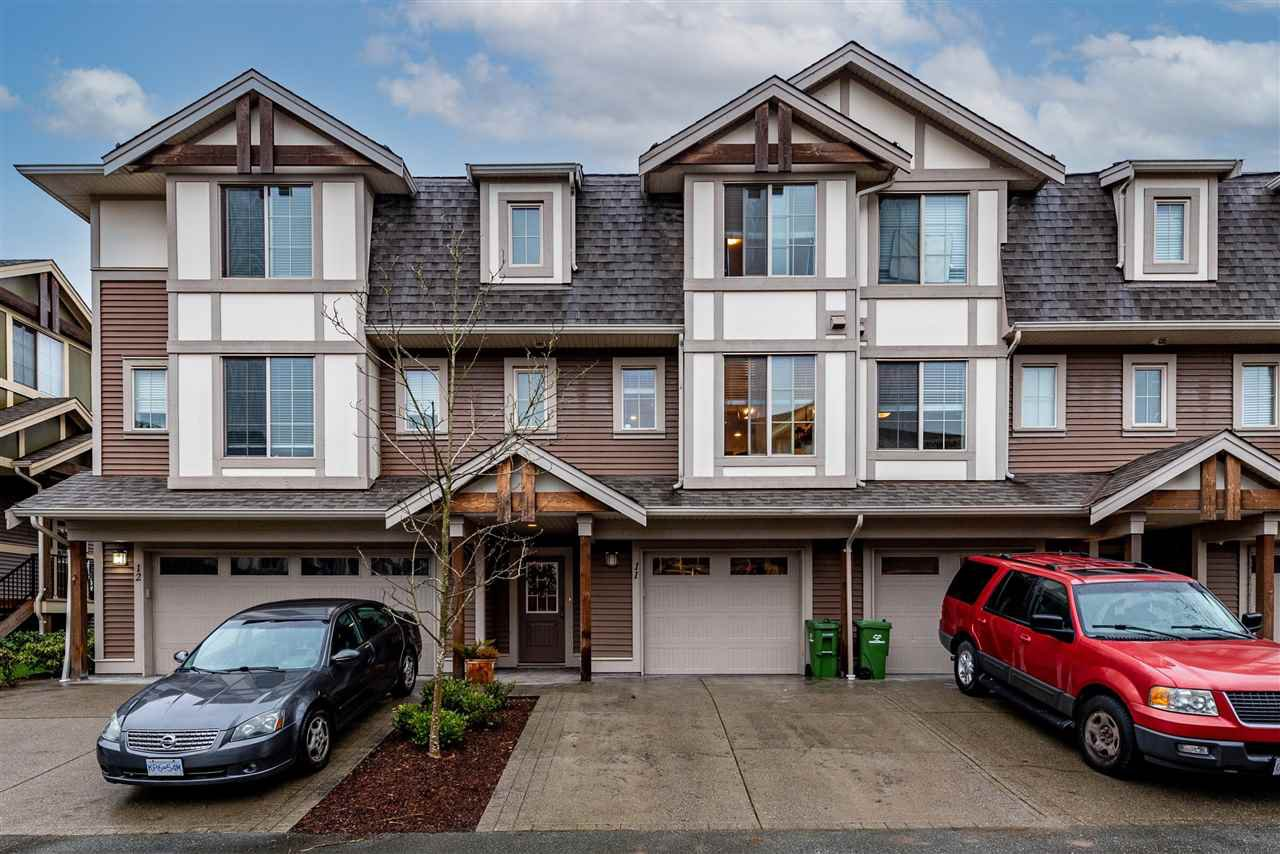 """Main Photo: 11 45025 WOLFE Road in Chilliwack: Chilliwack W Young-Well Townhouse for sale in """"Centre Field"""" : MLS®# R2527936"""