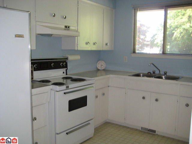 Photo 2: Photos: 34555 LABURNUM Avenue in Abbotsford: Abbotsford East House for sale