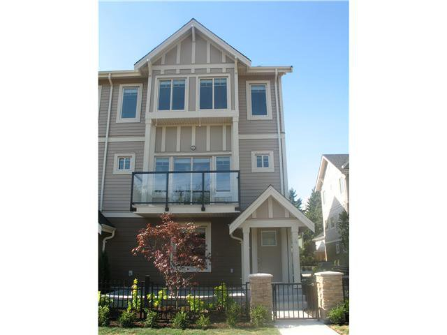 """Main Photo: 2 7489 16TH Street in Burnaby: Highgate Townhouse for sale in """"HIGHGATE PLACE"""" (Burnaby South)  : MLS®# V922885"""