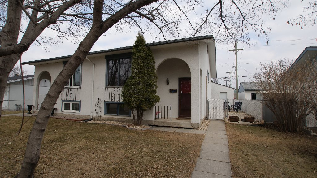Main Photo: 1306 Day St. in Winnipeg: Transcona Residential for sale (North East Winnipeg)  : MLS®# 1202932