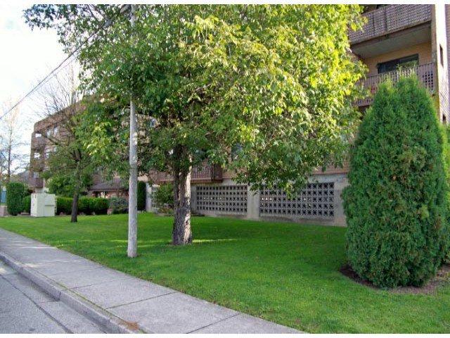 Main Photo: 213 9282 Hazel in Chilliwack: Condo for sale : MLS®# h1300629