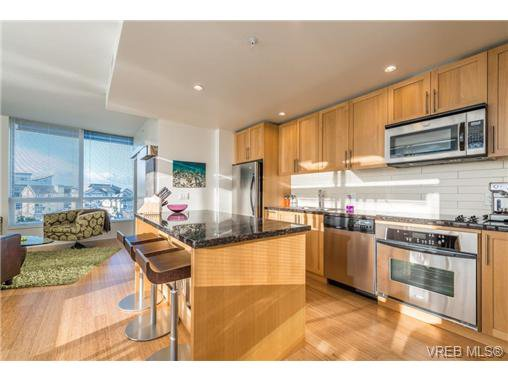 Main Photo: 602 399 Tyee Rd in VICTORIA: VW Victoria West Condo for sale (Victoria West)  : MLS®# 656516