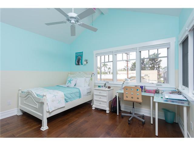 Photo 17: Photos: CORONADO VILLAGE House for sale : 4 bedrooms : 464 C Avenue in Coronado