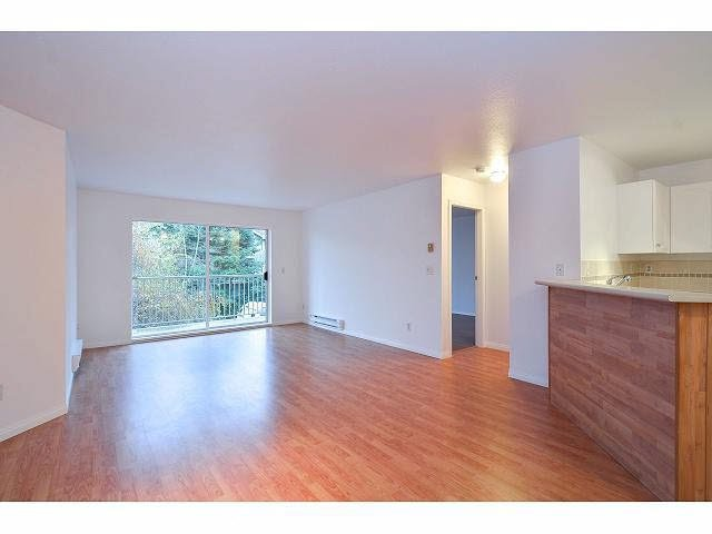 "Photo 8: Photos: 214 10743 139 Street in Surrey: Whalley Condo for sale in ""Vista Ridge"" (North Surrey)  : MLS®# F1427979"