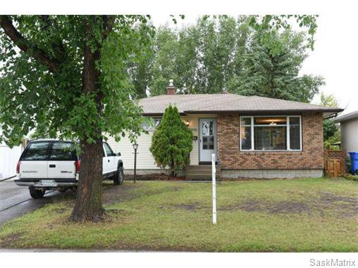 Main Photo: 1026 DOROTHY Street in Regina: Normanview West Single Family Dwelling for sale (Regina Area 02)  : MLS®# 544219