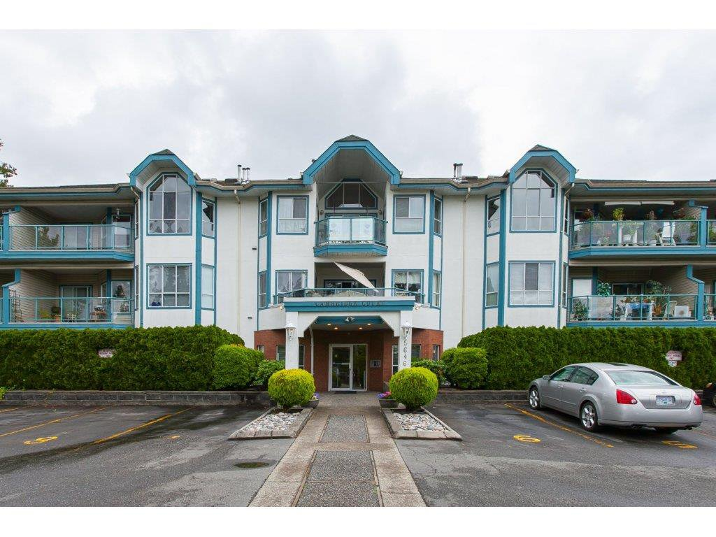 Main Photo: 201 5646 200 Street in Langley: Langley City Condo for sale : MLS®# R2075622