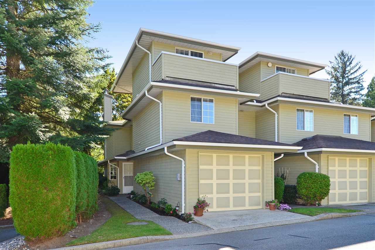 """Main Photo: 122 1386 LINCOLN Drive in Port Coquitlam: Oxford Heights Townhouse for sale in """"MOUNTAIN PARK VILLAGE"""" : MLS®# R2108000"""