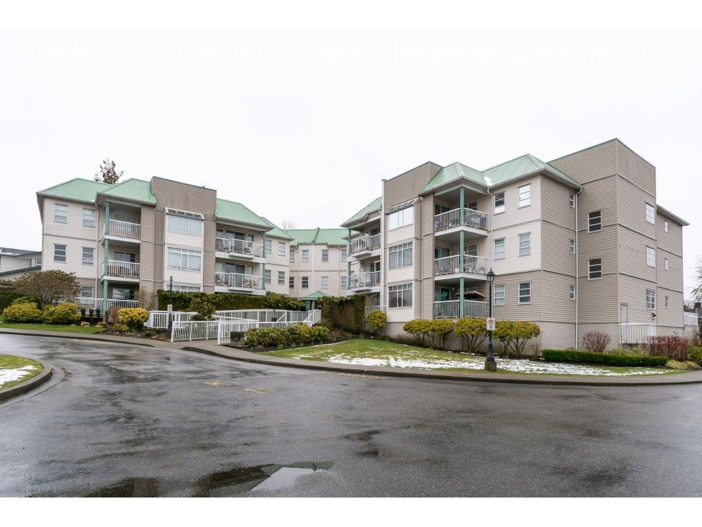 "Main Photo: 207 9767 140 Street in Surrey: Whalley Condo for sale in ""FRASER GATE"" (North Surrey)  : MLS®# R2145386"