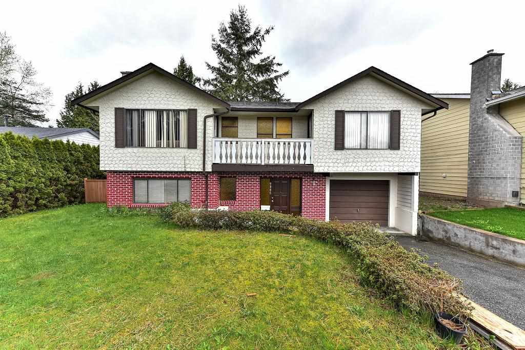 Main Photo: 9285 MONKLAND Place in Surrey: Bear Creek Green Timbers House for sale : MLS®# R2156937