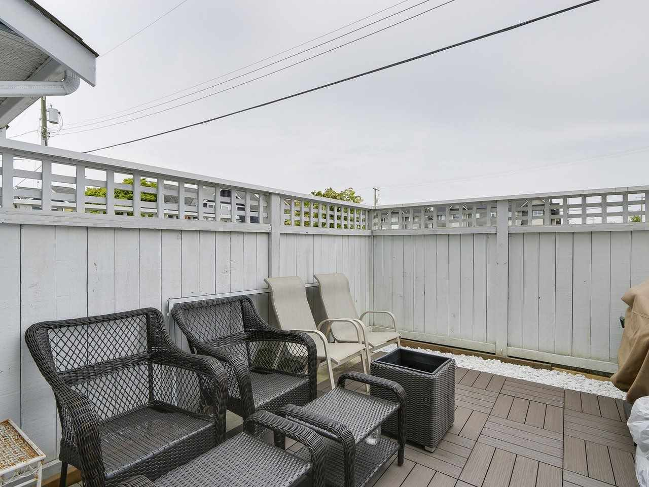"Photo 18: Photos: 7 4965 47 Avenue in Delta: Ladner Elementary Townhouse for sale in ""PARKVIEW COURT"" (Ladner)  : MLS®# R2163588"
