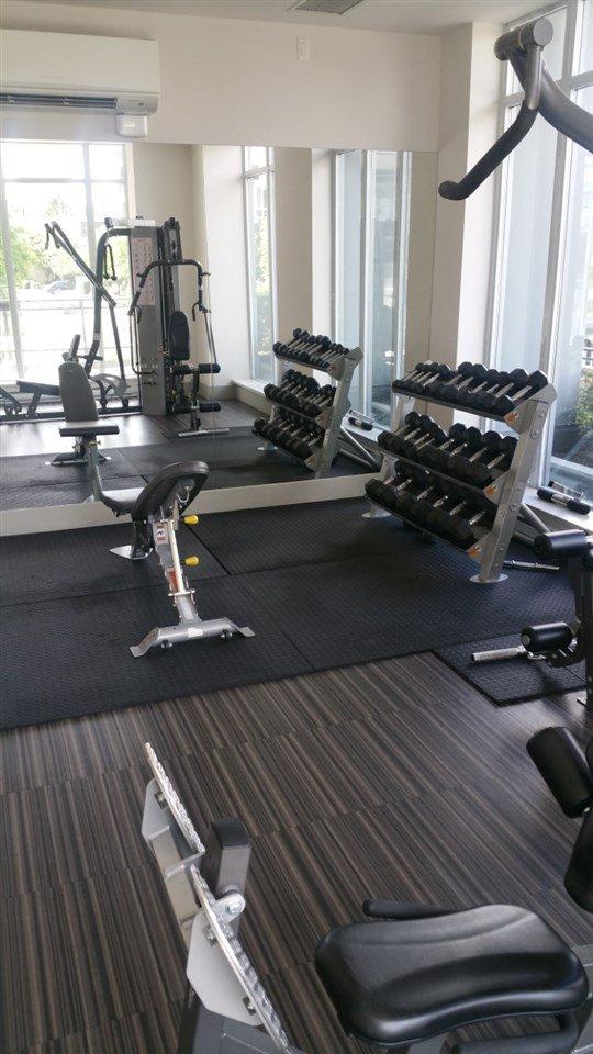 Photo 4: Photos: 2915 13325 102A AVENUE in Surrey: Whalley Condo for sale (North Surrey)  : MLS®# R2170667