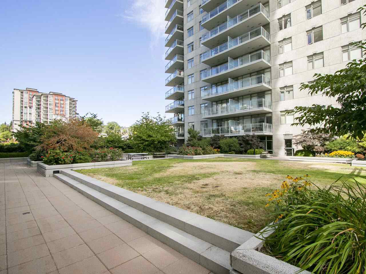 "Photo 13: Photos: 3003 888 CARNARVON Street in New Westminster: Downtown NW Condo for sale in ""Marinus at Plaza 88"" : MLS®# R2199614"