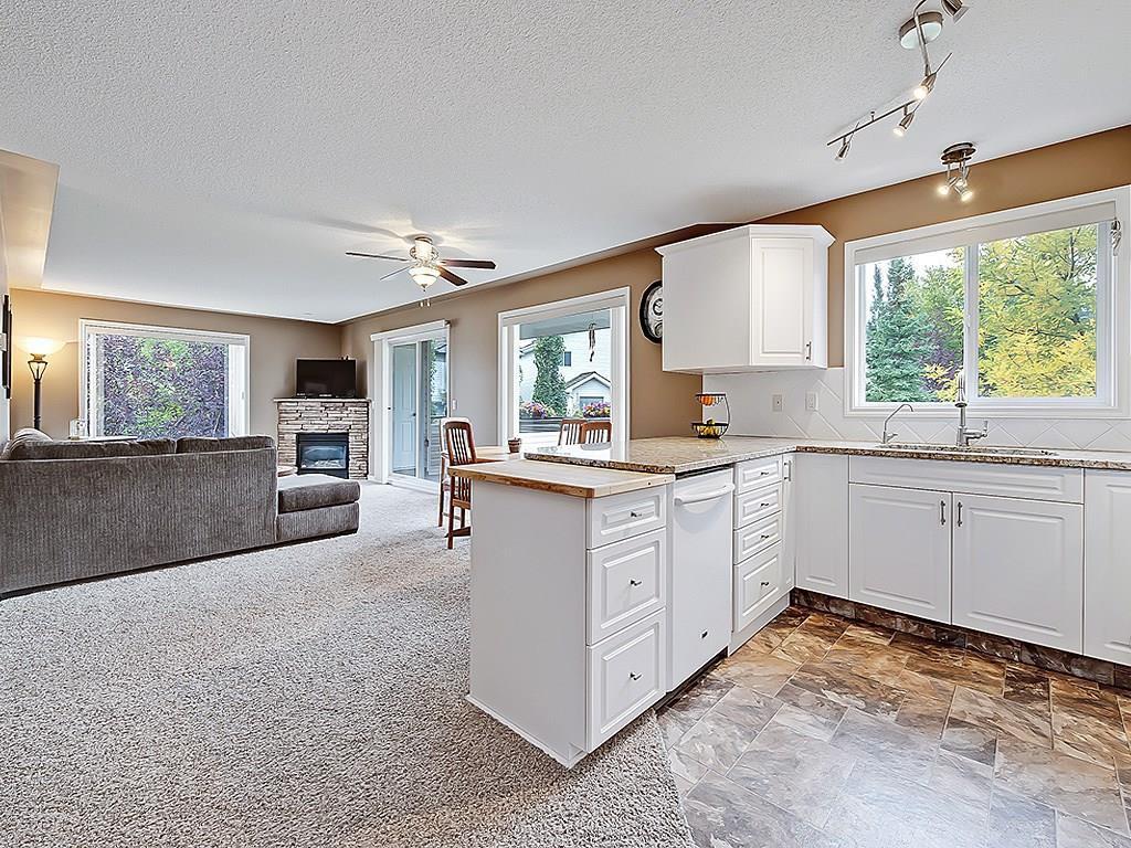 Main Photo: 2211 7451 SPRINGBANK Boulevard SW in Calgary: Springbank Hill Condo for sale : MLS®# C4135427