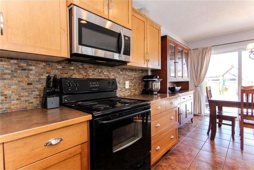 Photo 6: Photos: 944 CRANSTON Drive SE in Calgary: Cranston House for sale : MLS®# C4145156
