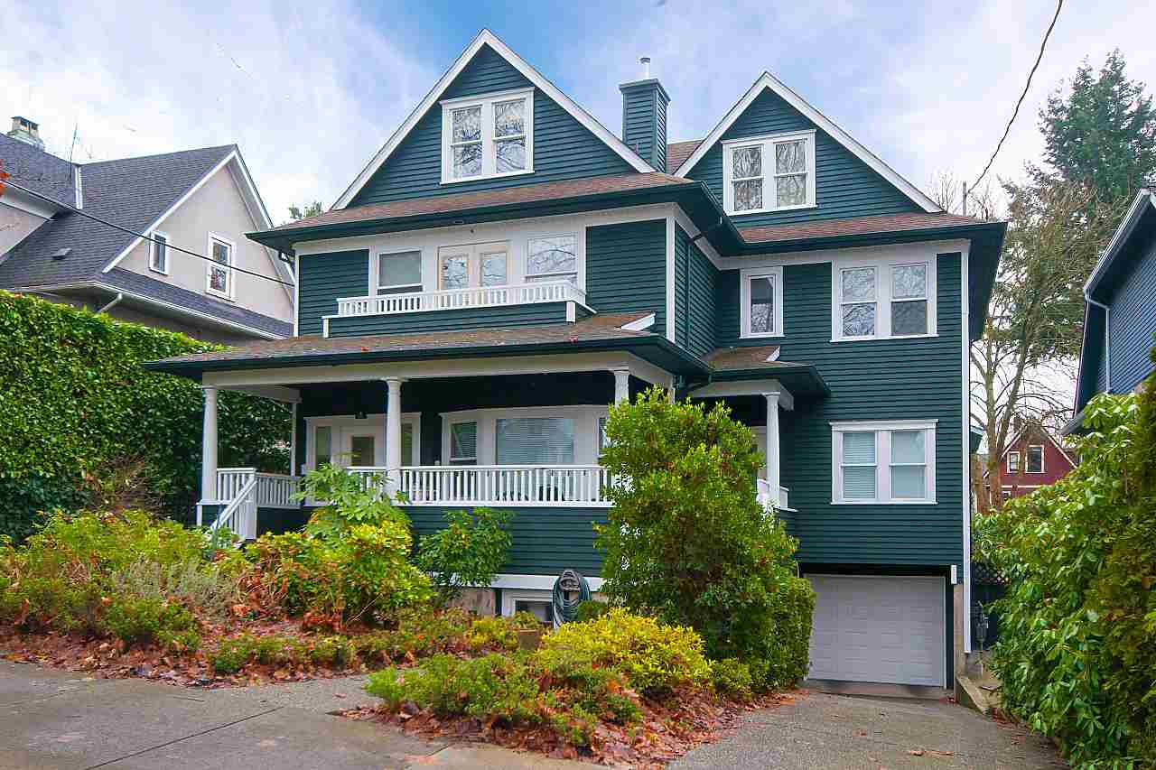Main Photo: 2 42 W 13TH Avenue in Vancouver: Mount Pleasant VW Townhouse for sale (Vancouver West)  : MLS®# R2232576