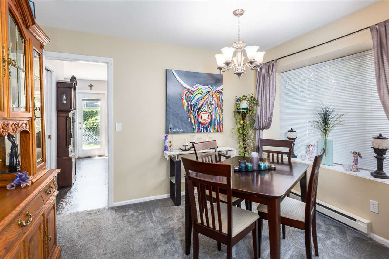 """Photo 5: Photos: 60 23085 118 Avenue in Maple Ridge: East Central Townhouse for sale in """"Sommerville Gardens"""" : MLS®# R2301161"""