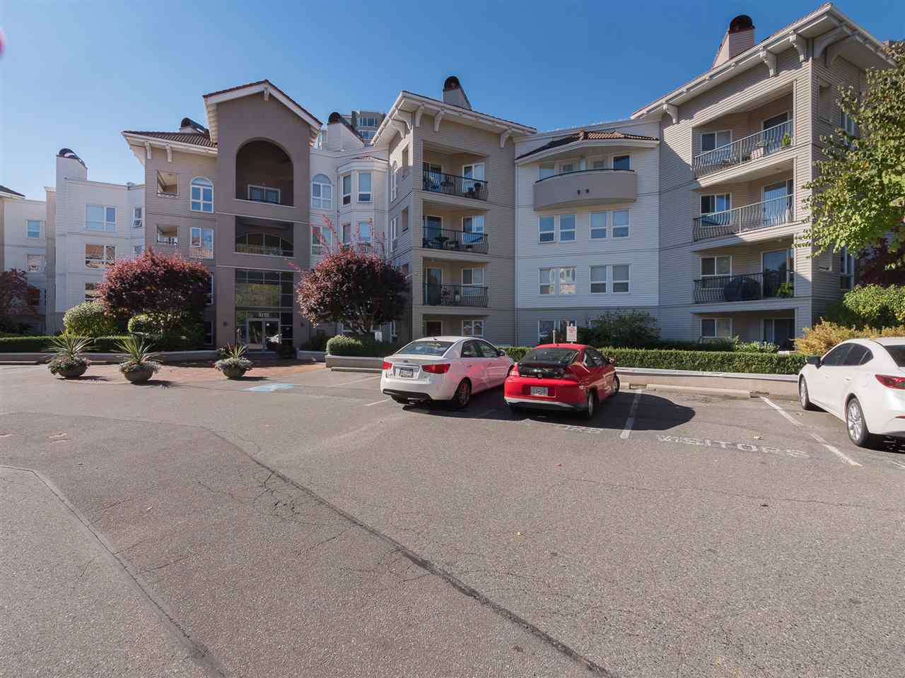 "Main Photo: 403 3172 GLADWIN Road in Abbotsford: Central Abbotsford Condo for sale in ""REGENCY PARK"" : MLS®# R2314981"