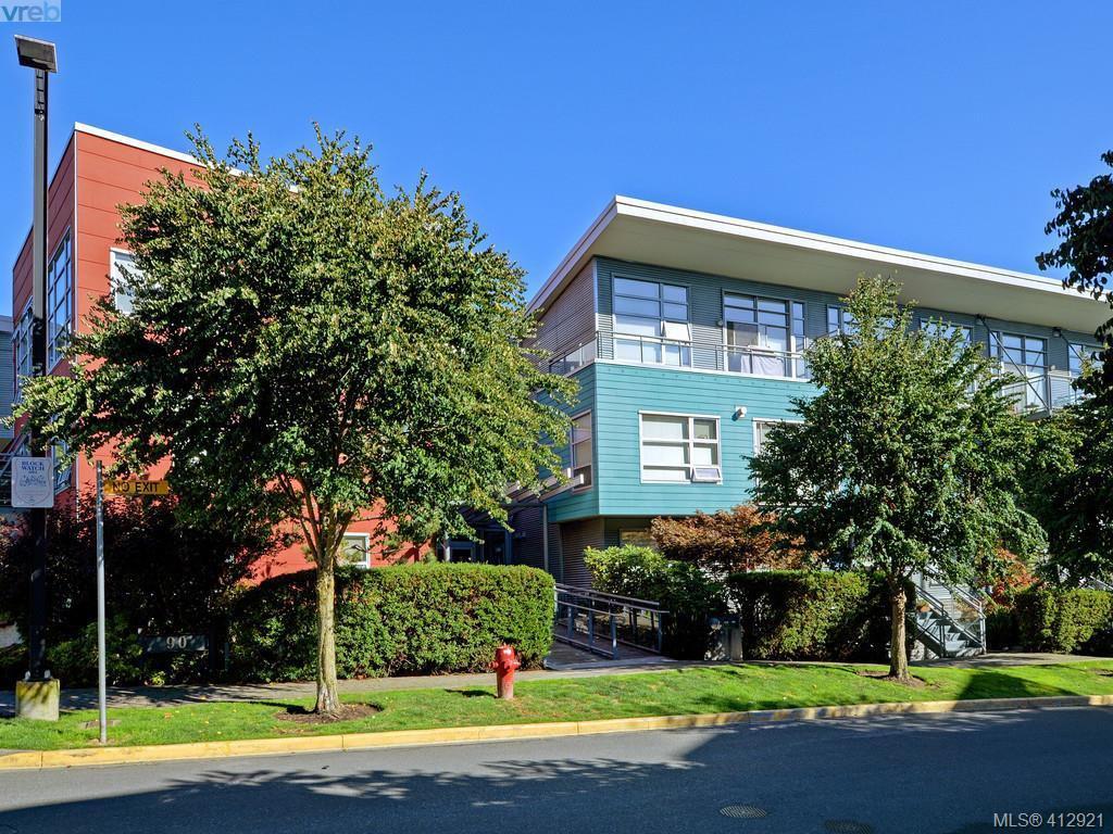 Main Photo: 101 90 Regatta Landing in VICTORIA: VW Victoria West Condo Apartment for sale (Victoria West)  : MLS®# 412921