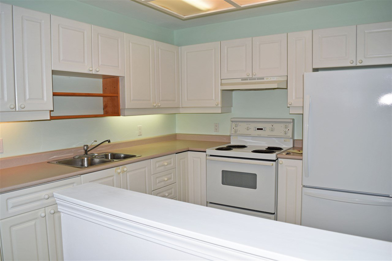 Photo 6: Photos: 206 5711 MERMAID Street in Sechelt: Sechelt District Condo for sale (Sunshine Coast)  : MLS®# R2419059
