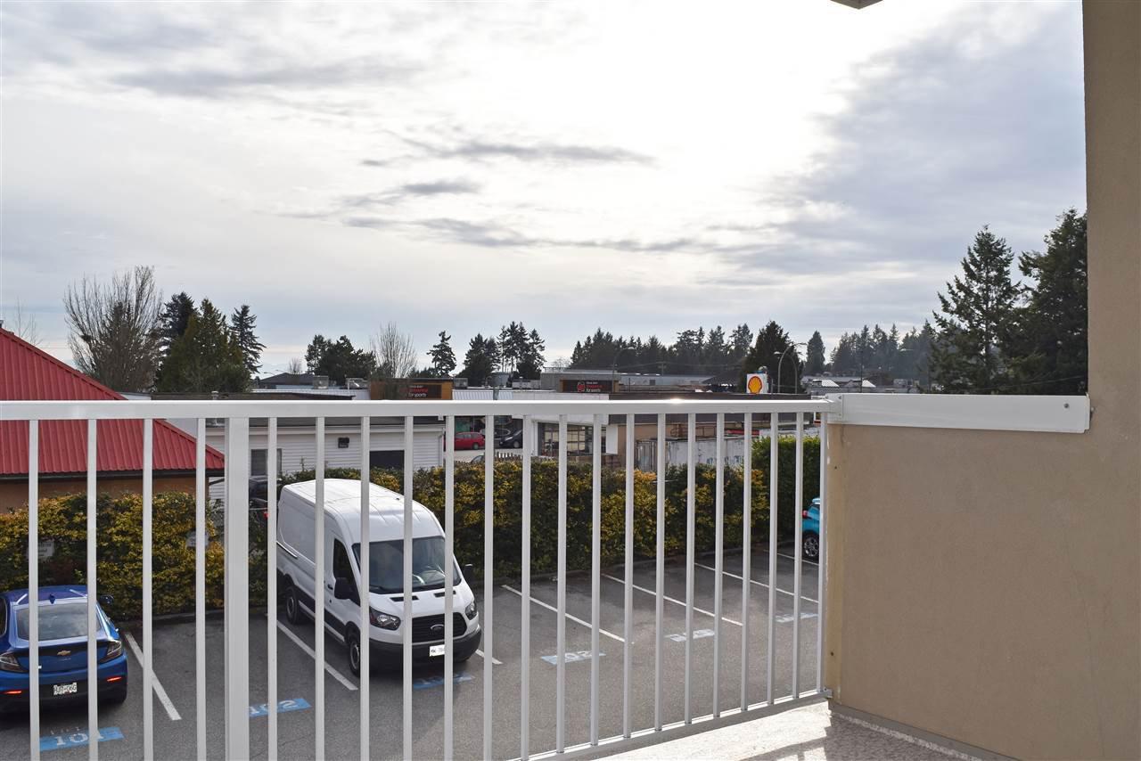 Photo 15: Photos: 206 5711 MERMAID Street in Sechelt: Sechelt District Condo for sale (Sunshine Coast)  : MLS®# R2419059