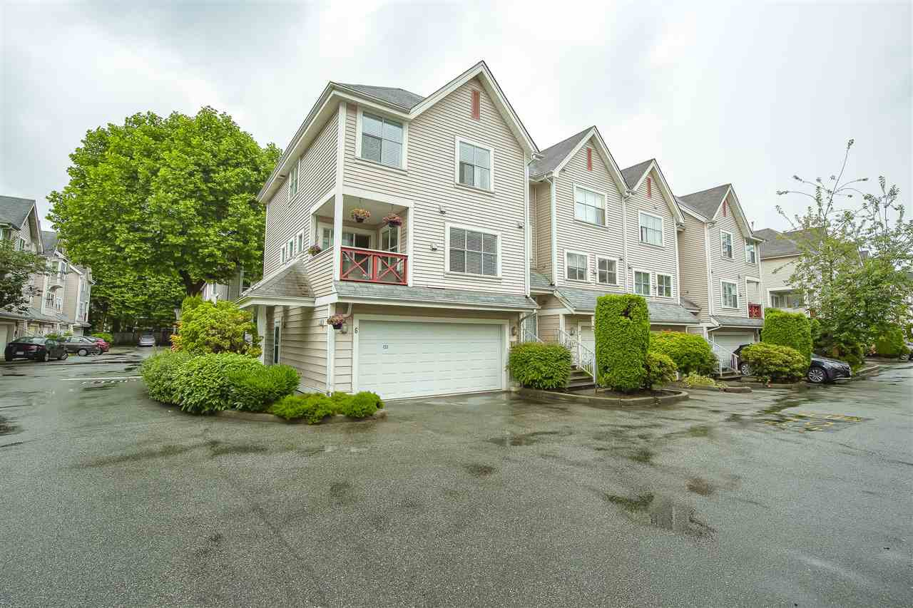 Main Photo: 6 2450 HAWTHORNE Avenue in Port Coquitlam: Central Pt Coquitlam Townhouse for sale : MLS®# R2471672